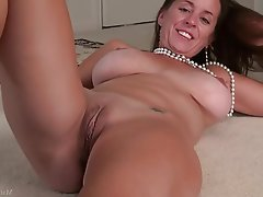 Masturbation, Mature, MILF, Big Nipples